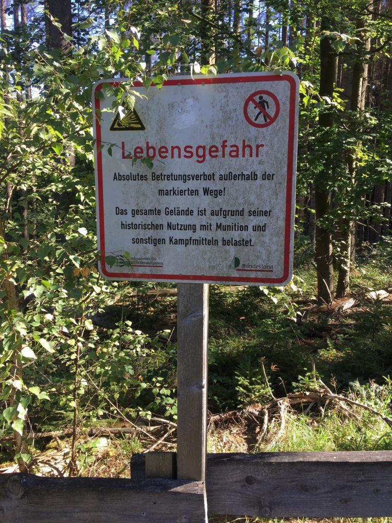 Truppenuebungsplatz Vogelsang - Warnschild Munition